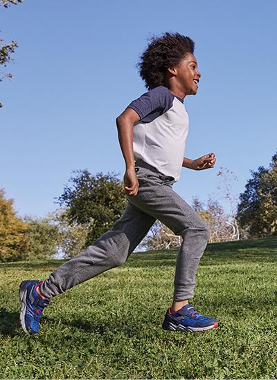 Kids runnning